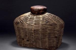 普洱茶旧竹篱罐装&羊皮包装