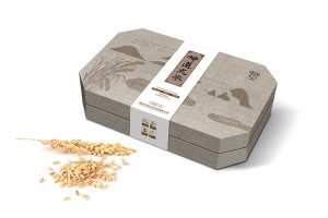 坤道龙米包装设计丨精品大米的高端格调。