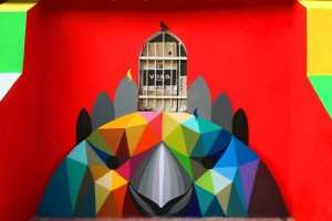 "艺术家Okuda San Miguelwang创作的巨型墙绘""自由幻象"" Mirages to the Freedom"
