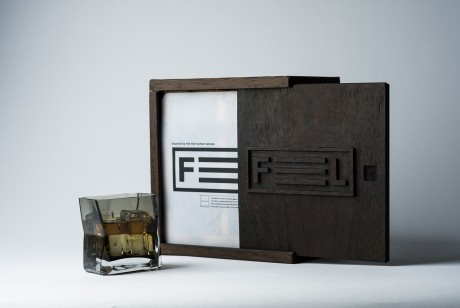 创意包装设计--让你的五官都参与创意玻璃包装设计