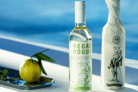 澳大利亚Regal Rogue品牌苦艾酒包装设计