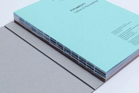 内刊设计的封面元素是观众关注的第一印象