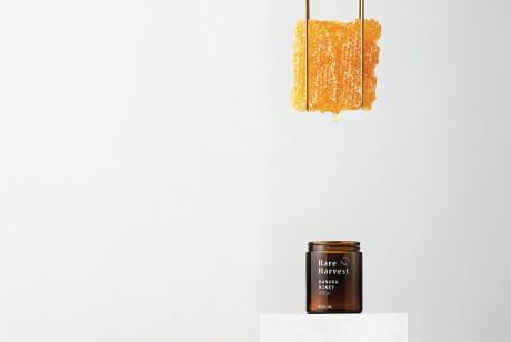 蜂蜜中的劳斯莱斯,奢侈蜂蜜品牌The True Honey Co.,这款价值1000美元蜂蜜的包装设计