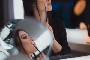 如何让化妆品包装设计越来越时尚?