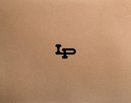 Lil Pipes手工木管的品牌logo和品牌视觉识别设计