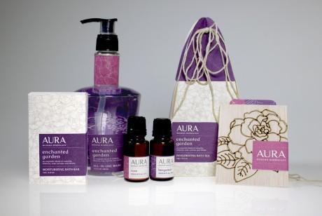 Aura女性高端草药精油个人护理产品包装设计