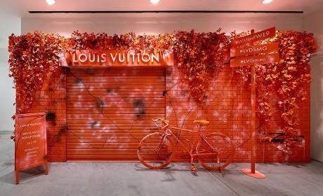 在日本的这家Louis Vuitton快闪店居然还有一座小城堡