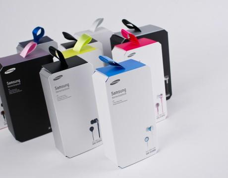 三星耳机包装设计在市场上的九种新型耳机中脱颖而出