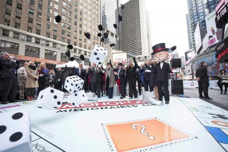 大富翁跑到时代广场做线下快闪活动了,一起去瞅瞅吧