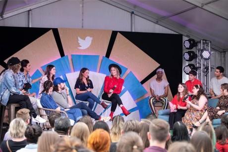 推特在西南偏南音乐节上的推广活动精彩纷呈,吸引了众多名人到访