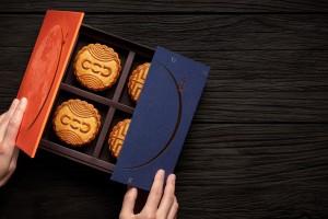 豪华酒店月饼包装设计,香港设计师Frank Lo带来夜光月盒